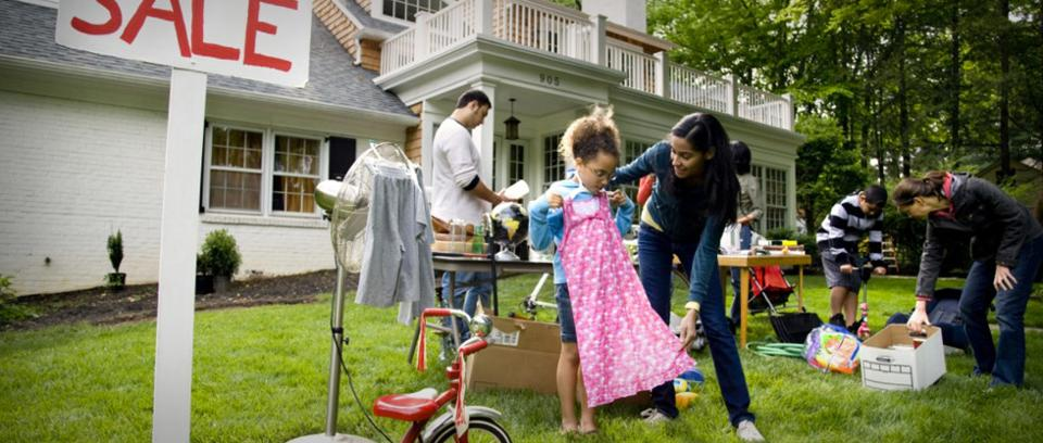 9 things to never buy at yard sales