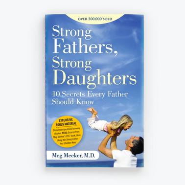 Strong Fathers, Strong Daughters - Paperback Book